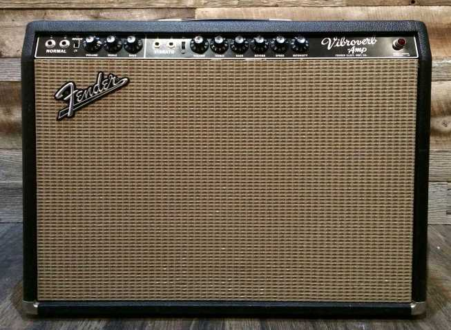 FENDER Vibroverb