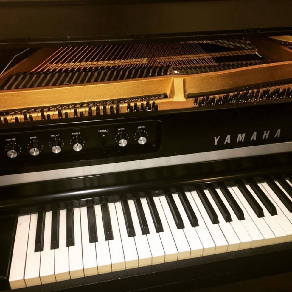 YAMAHA CP-70B Electric Grand Piano (1979)