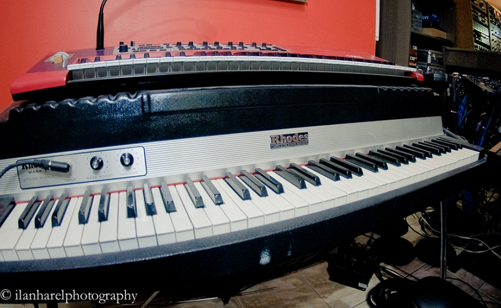 RHODES MK I Electric Piano (1979)